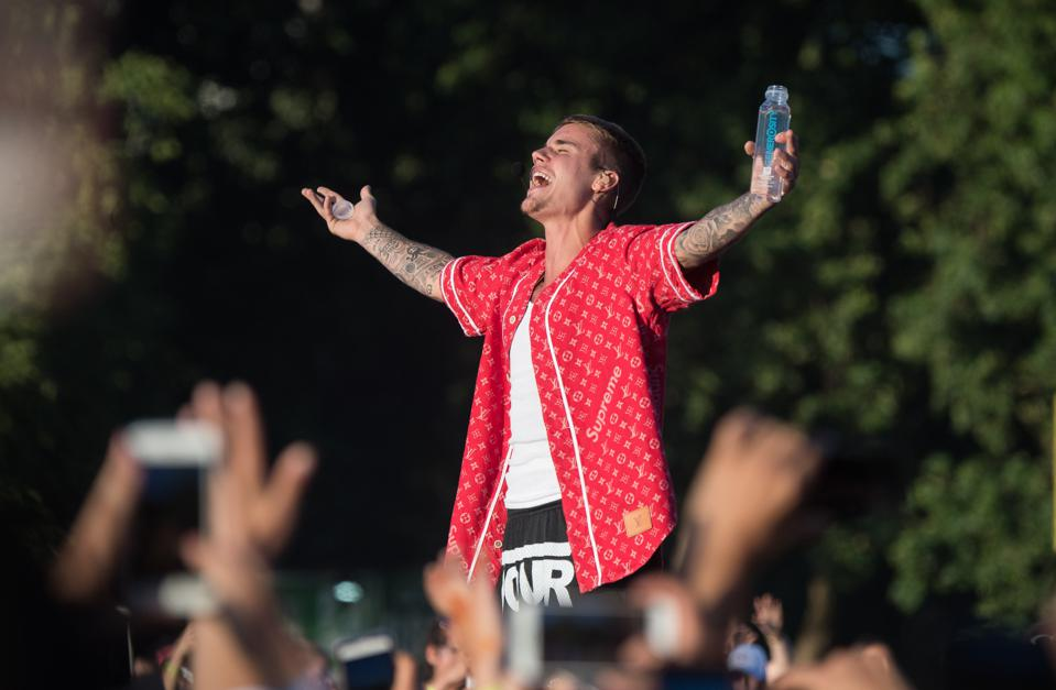 Justin Bieber And Dan + Shay Return To The Top 10 While Lizzo Steps Down From No. 1
