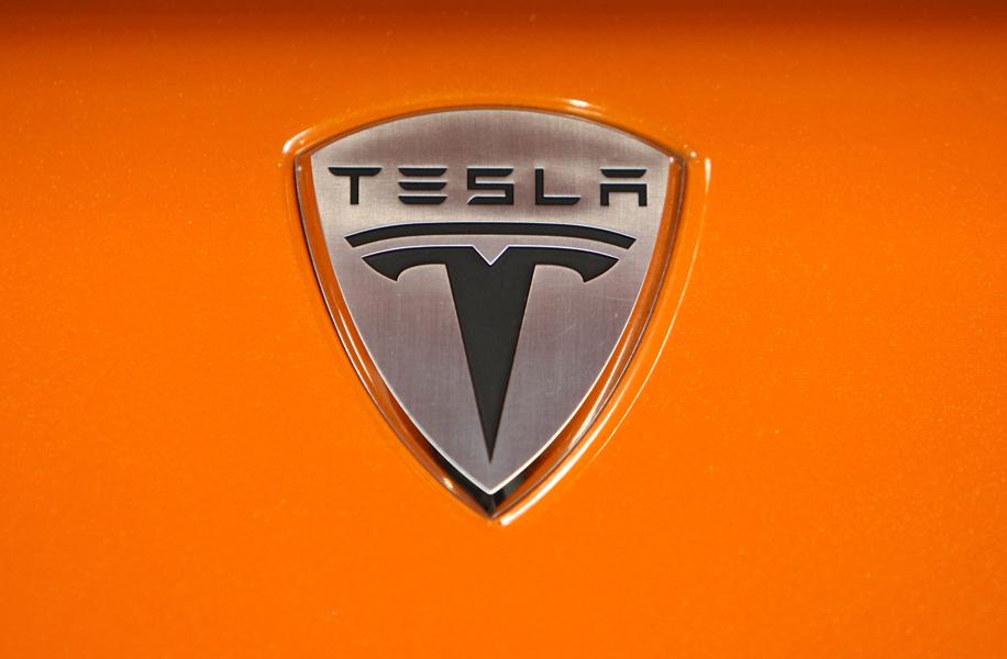 Did Elon Musk Just Say Tesla's New Roadster Will Fly?