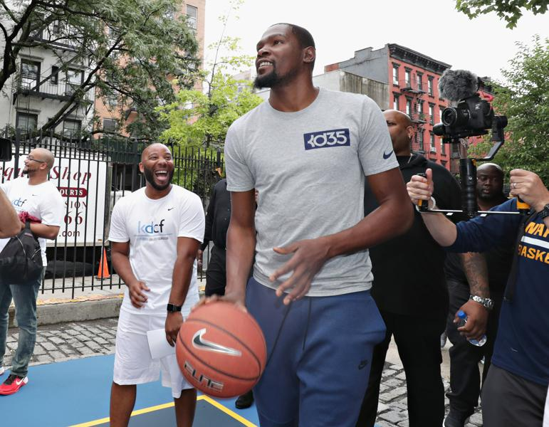Kevin Durant, Taylor Swift, And Why Fighting Haters Is A Losing Game