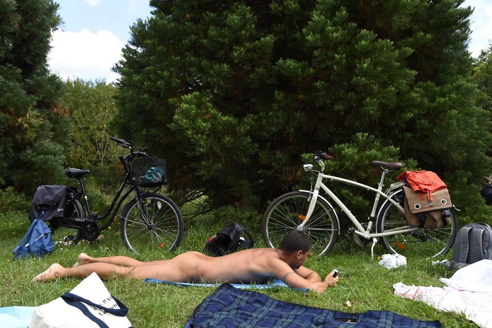 Sexy Nude Restaurant Paris Pic