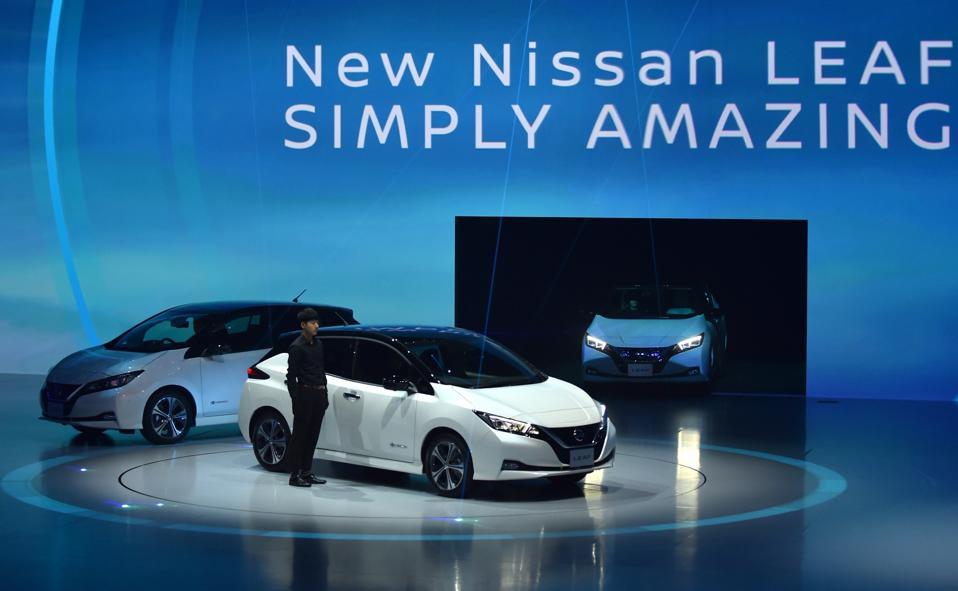 Frankfurt Auto Show: Manufacturers Hail Electric Revolution, But ...