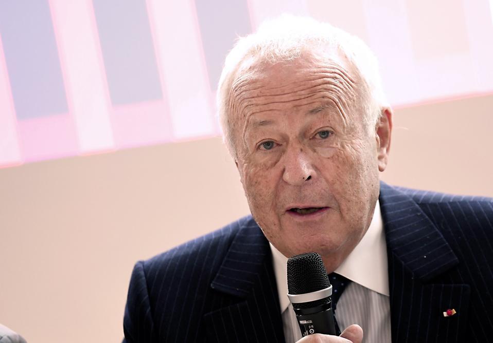 Alain Mérieux, founder of BioMérieux.