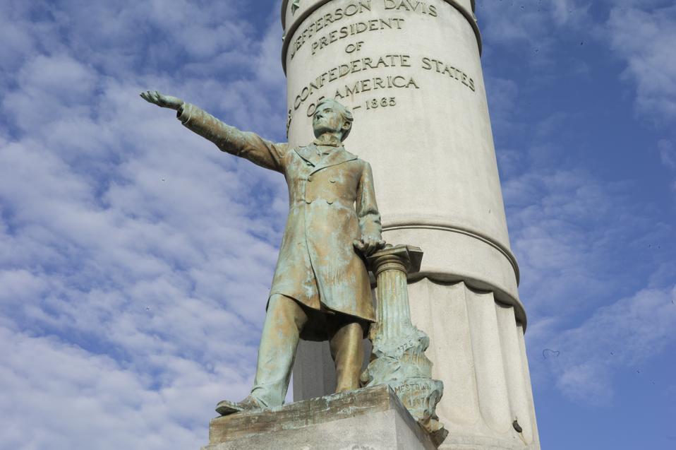 Jefferson Davis statue in Richmond, Virginia.