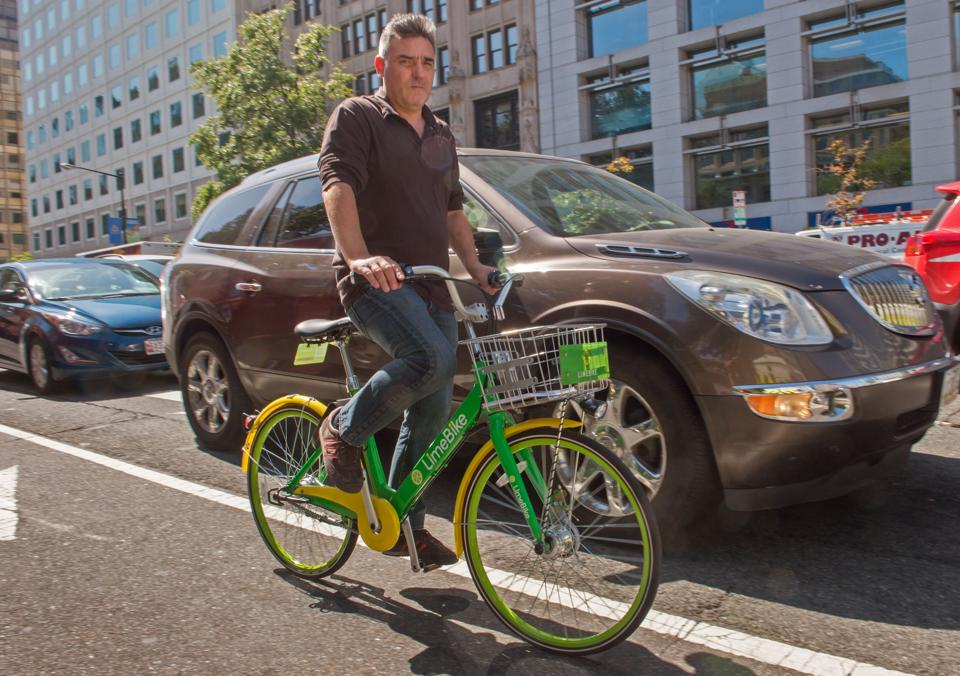 Chicago, Once A Bikeshare Innovator, Squeamish About The Next Level