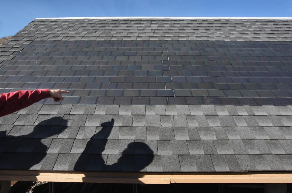 What Are The Pros And Cons Of Tesla's New Solar Roof Tiles?