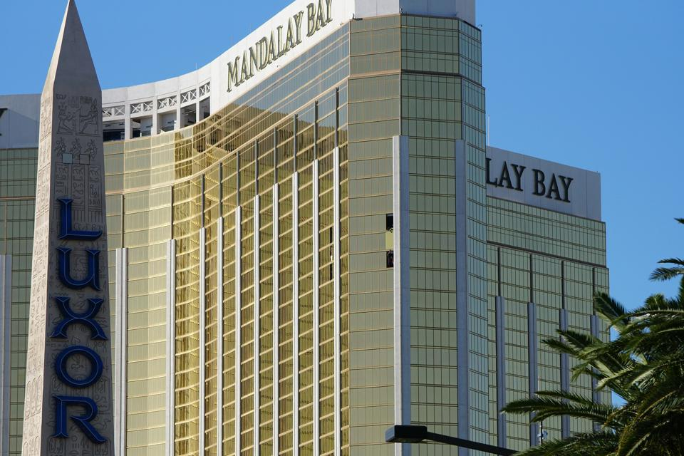 NEWS: OCT 06 Las Vegas Mass Shooting