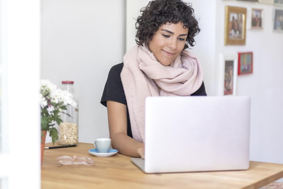 Finding an online mentor is a good way to help your career if your internship got cancelled this Summer.