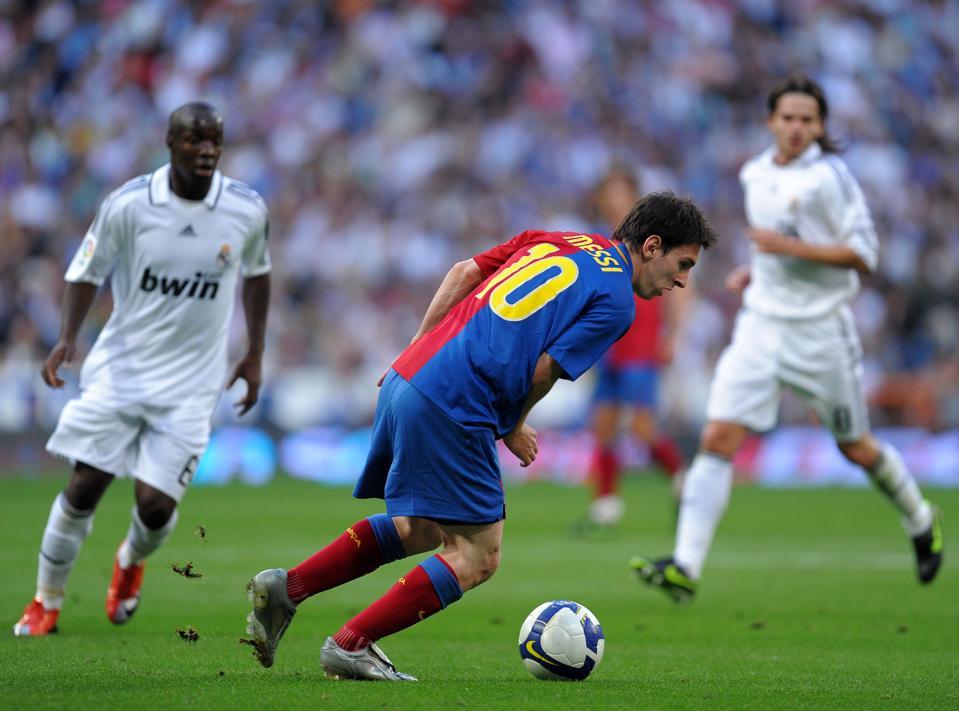 Barcelona beat Real Madrid soundly at the Bernabeu 6-2 in May 2009.