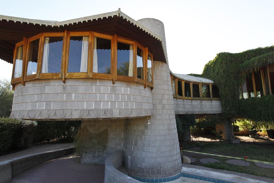 On his 150th birthday a frank lloyd wright gift in phoenix - Frank lloyd wright architecture style ...