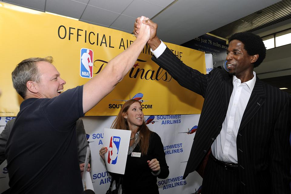 Former NBA player A.C. Green Accompanies Larry O�Brien Trophy To LA