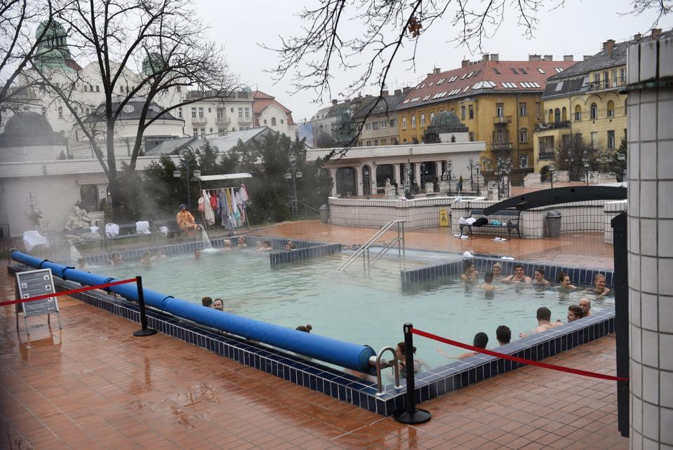 HUNGARY-WEATHER-LIFESTYLE-BATH-THERMAL