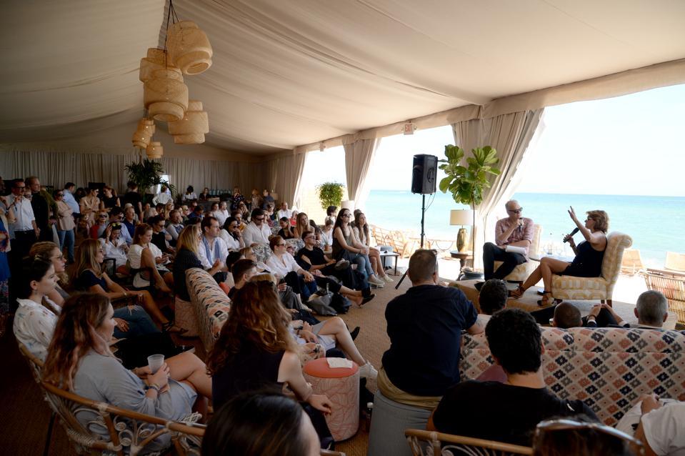 Soho Beach House presenta los últimos diez años: Tracey Emin en conversación con Alastair Gordon durante Art Basel Miami Beach 2017