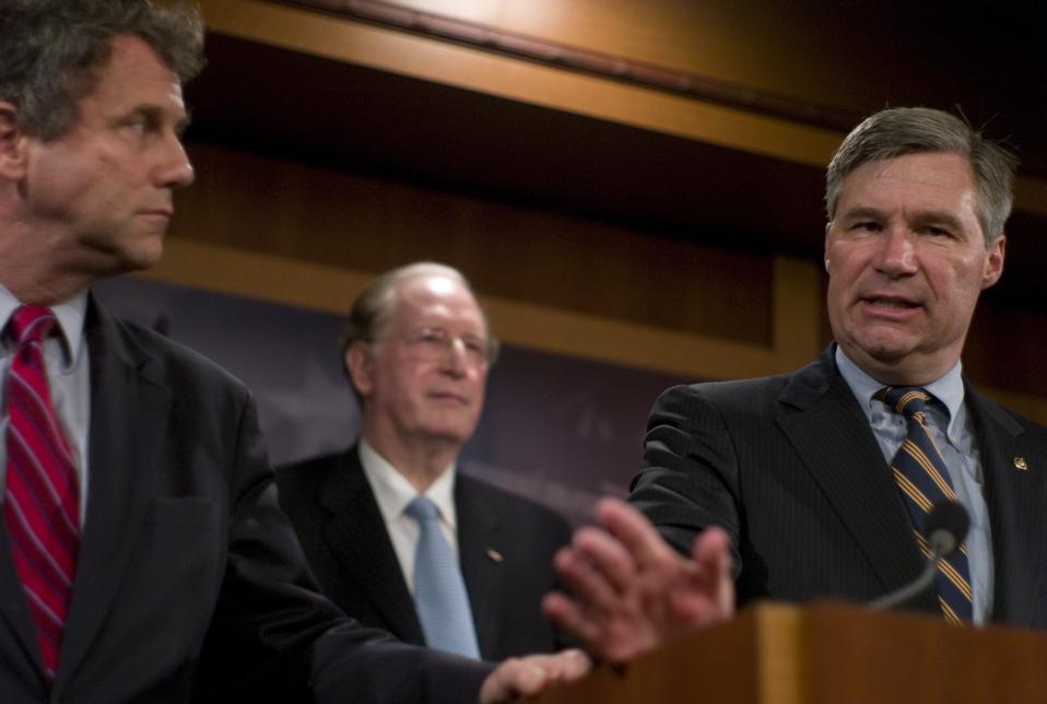 Democrats Urge Republican Support for Healthcare Overhaul