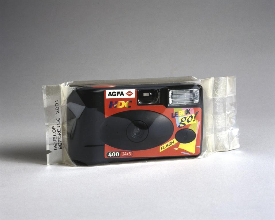 Agfa Le Box Go, disposable camera, 1999.