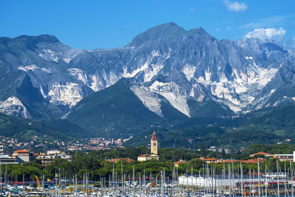 The Apuan Alps near Marina Di Carrara, part of the Apennine Mountains, Northern Tuscany, Italy. (Photo by: Education Images/Universal Images Group via Getty Images)