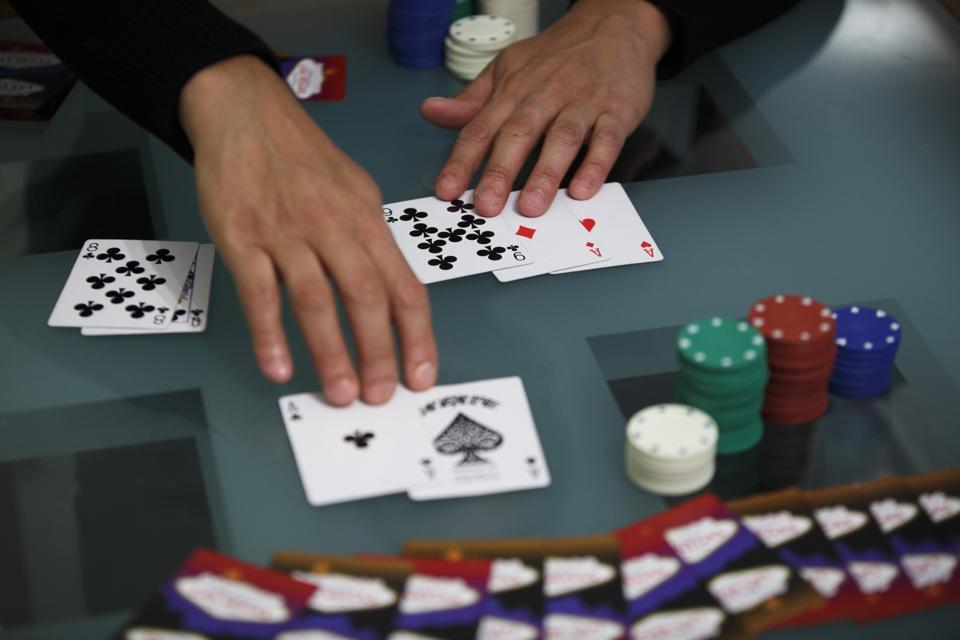 Pemain Poker Profesional Niman Kenkre