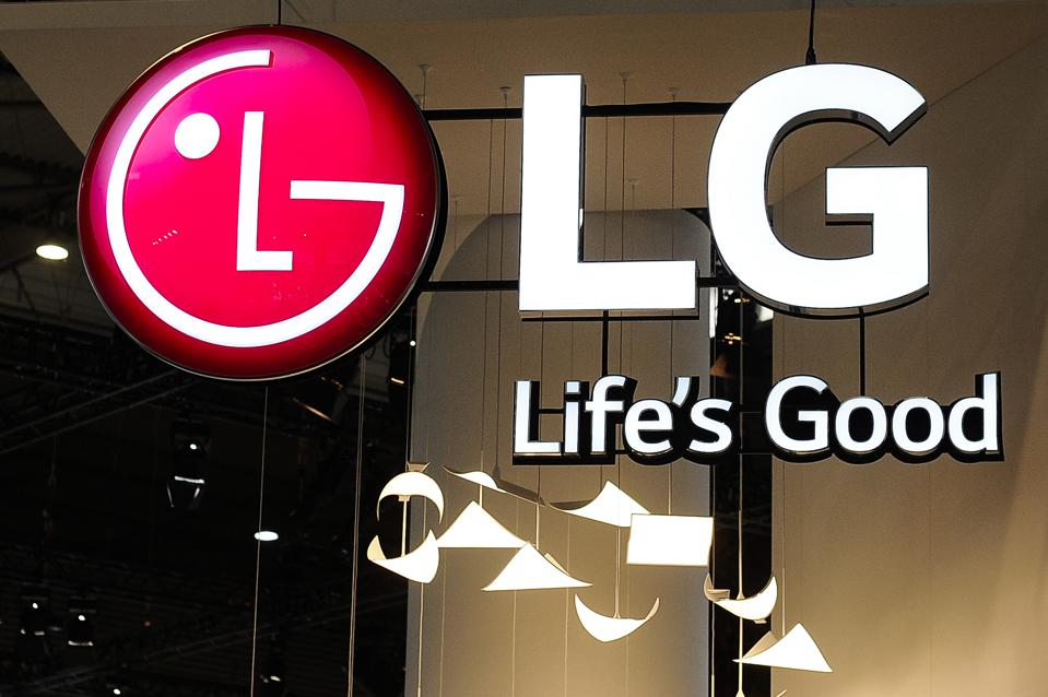 Electric Vehicle Battery Bet Looks Set To Pay Off Big For Korea's LG