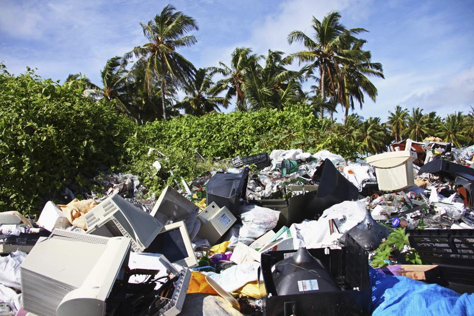 Maldives - Plastic Pollution