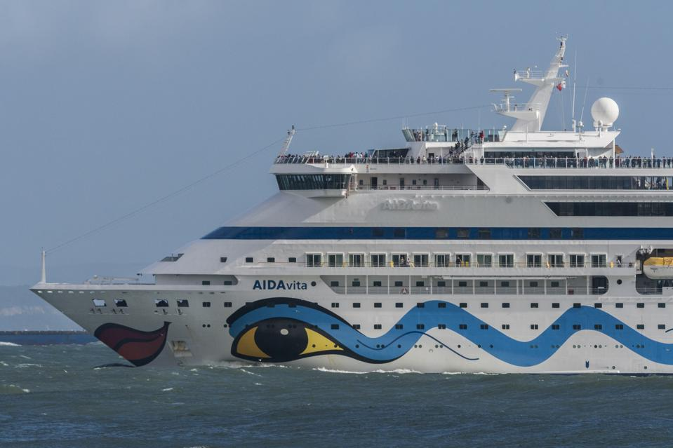 Tourist Cruise Shipping in Lisbon Harbour
