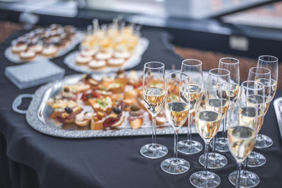 Secrets of Pairing Champagne with Cuisine