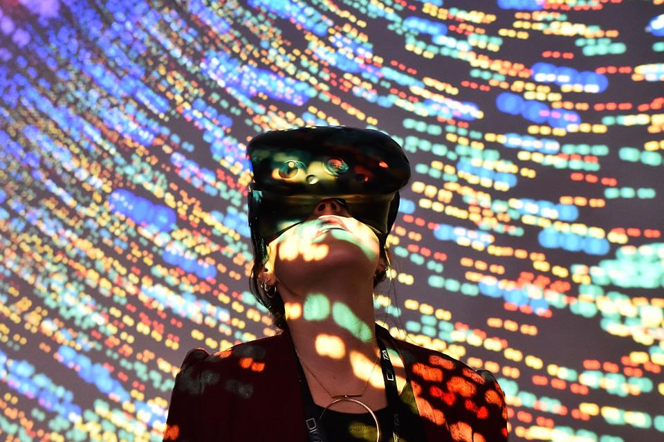 TOPSHOT-FRANCE-TECHNOLOGY-ECONOMY-VR-AR-3D