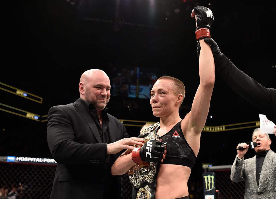 Rose Namajunas looks to regain the UFC strawweight title when she faces Weili Zhang in the co-main event of UFC 261.