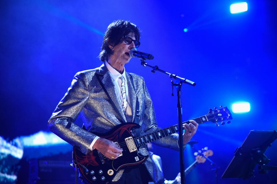 33rd Annual Rock & Roll Hall of Fame Induction Ceremony - Show