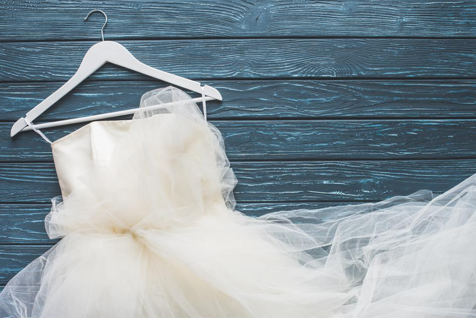 New Study Shows How Much Harder It Is For Brides Over A Size 12 To Find A Wedding Dress