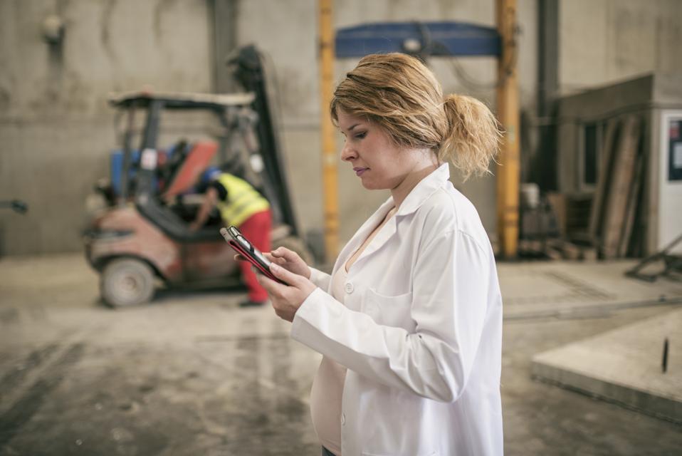 maternal bias, pregnancy descrimination, women at work