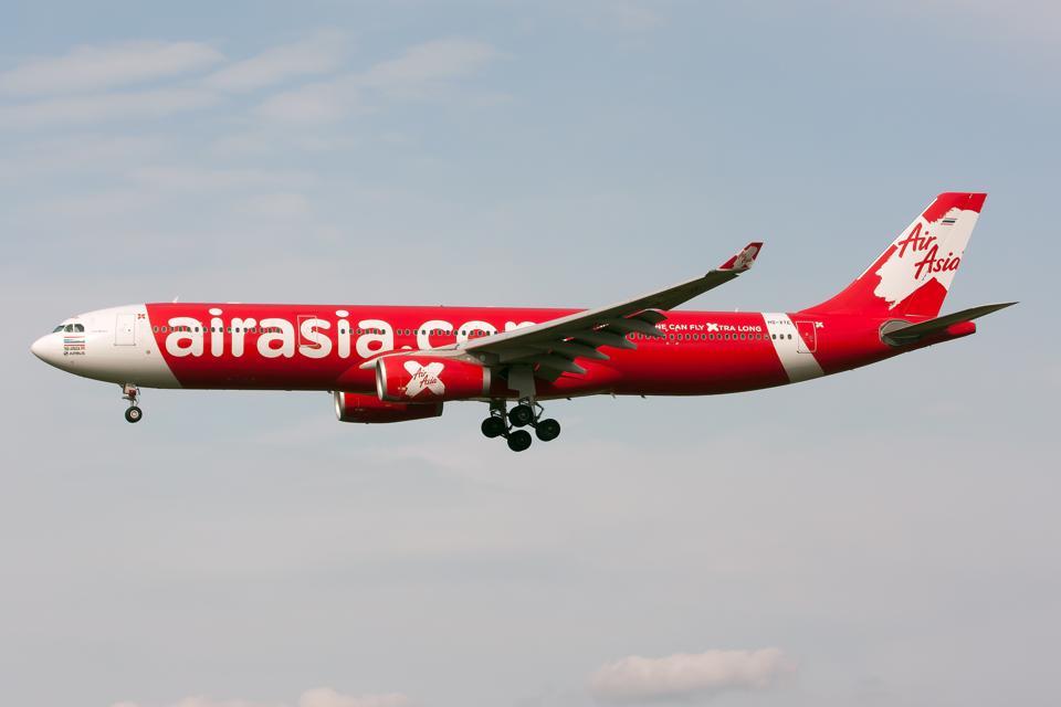 Thai AirAsia X Airbus 330-300 on final at Tokyo Narita...