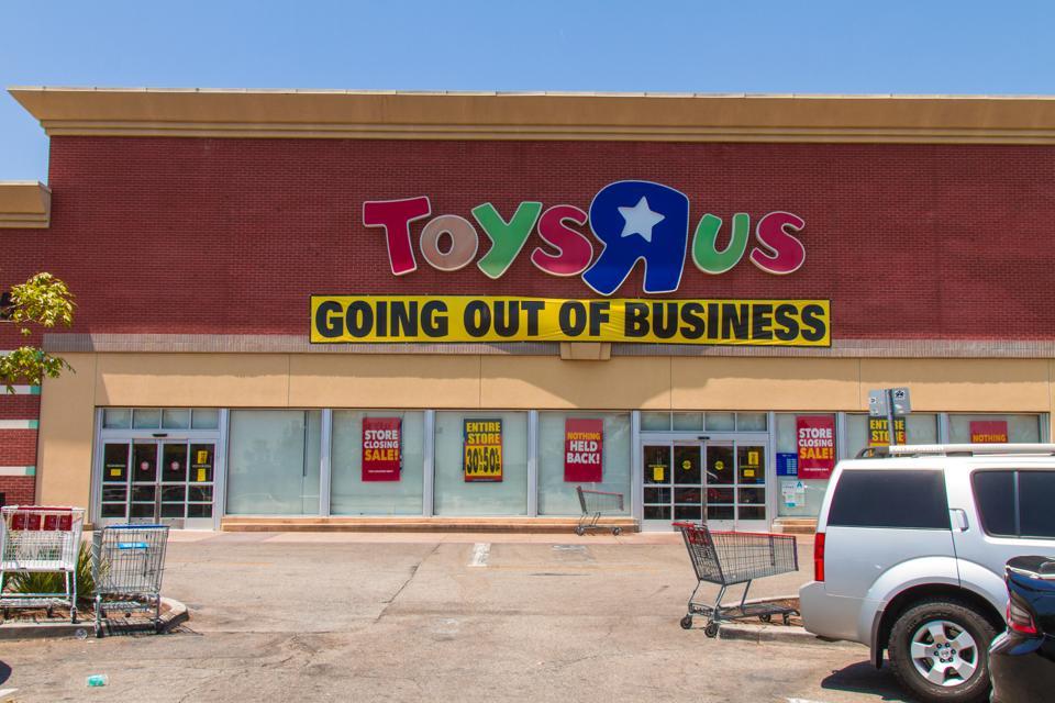 Toys R Us after filling for bankruptcy