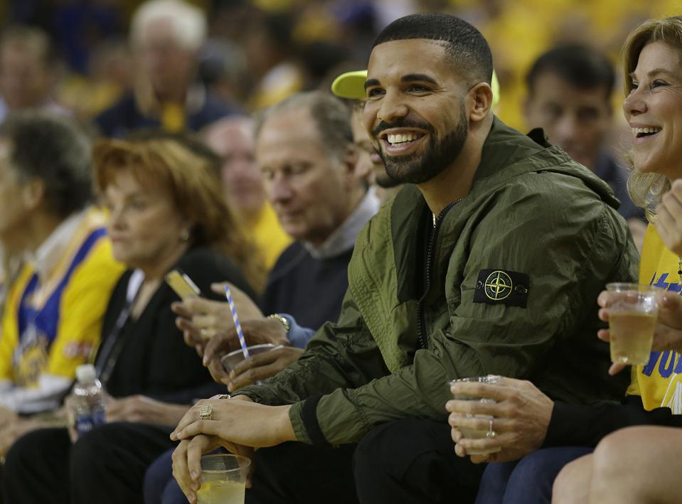 Drake Soars To Double Platinum For 'Views'