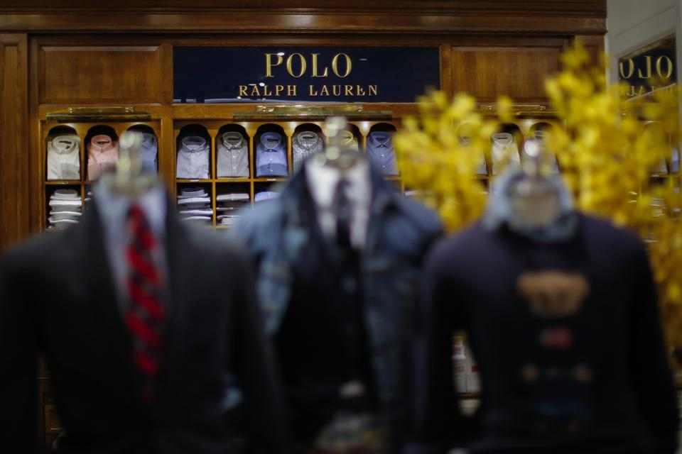 Ralph Lauren Corporation expects to report earnings for the fiscal Quarter
