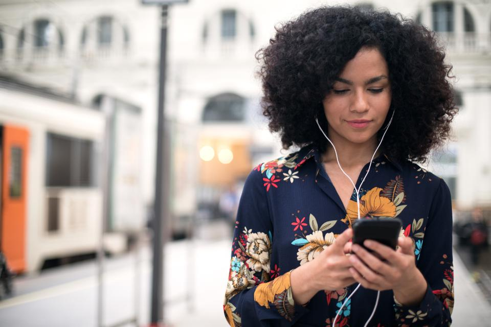 Top Tech Podcasts For Non-Technical Founders