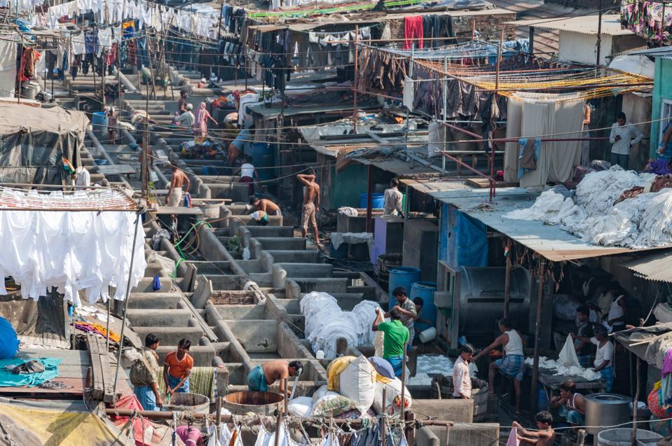 Mahalaxmi Dhobi Ghat, The World's largest outdoor laundry.