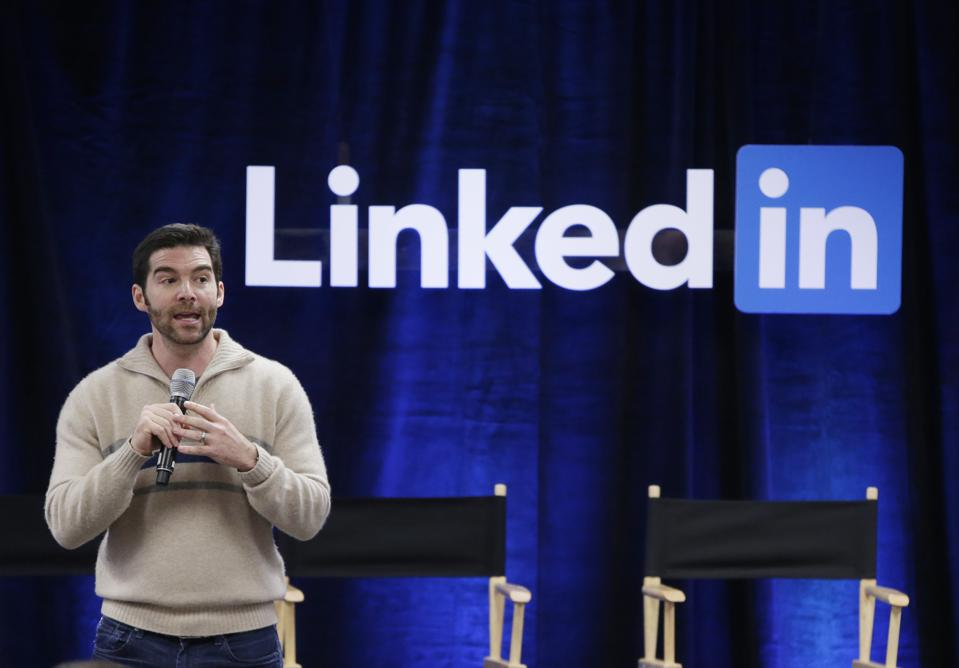 New In Small Business Tech This Week: Microsoft Buys LinkedIn And Apple's Going After PayPal