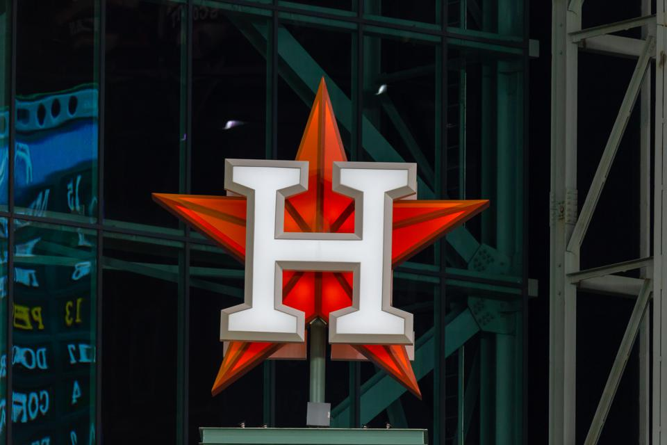 Amid Astros And Rockets Controversies, Houston Team Up Project Is Developing Sports Industry Leaders