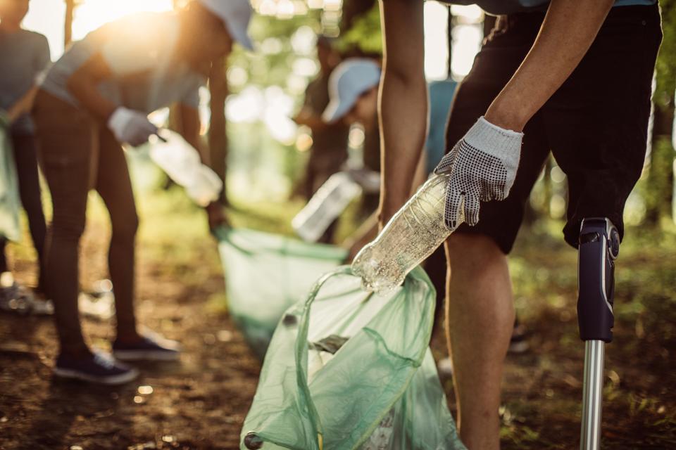 Volunteers cleaning park