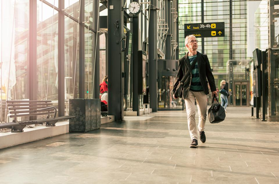 How should travelers protect themselves against fraud attacks?