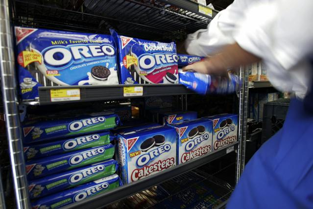 Mondelez Tops Estimates Amid Cost Cutting Efforts, Job Outsourcing