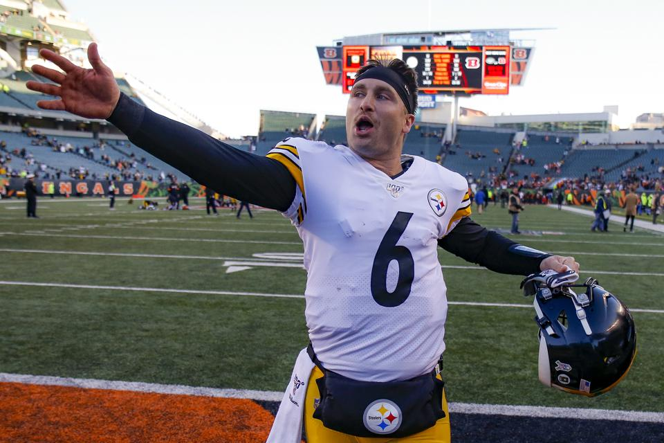 Pittsburgh Steelers Hoping For Duck Dynasty With Quarterback Switch To Devlin Hodges