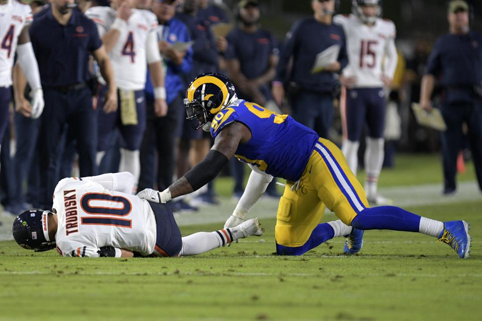 Injured Or Healthy, Mitchell Trubisky Gives Bears More Questions Than Answers