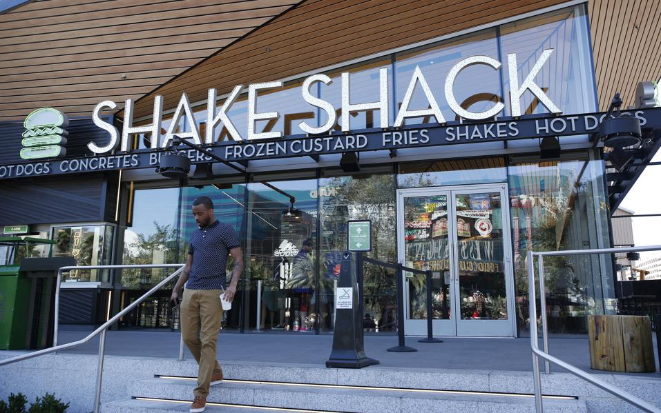 rising, wages, shake, shack, chipotle, fast, casual, restaurants