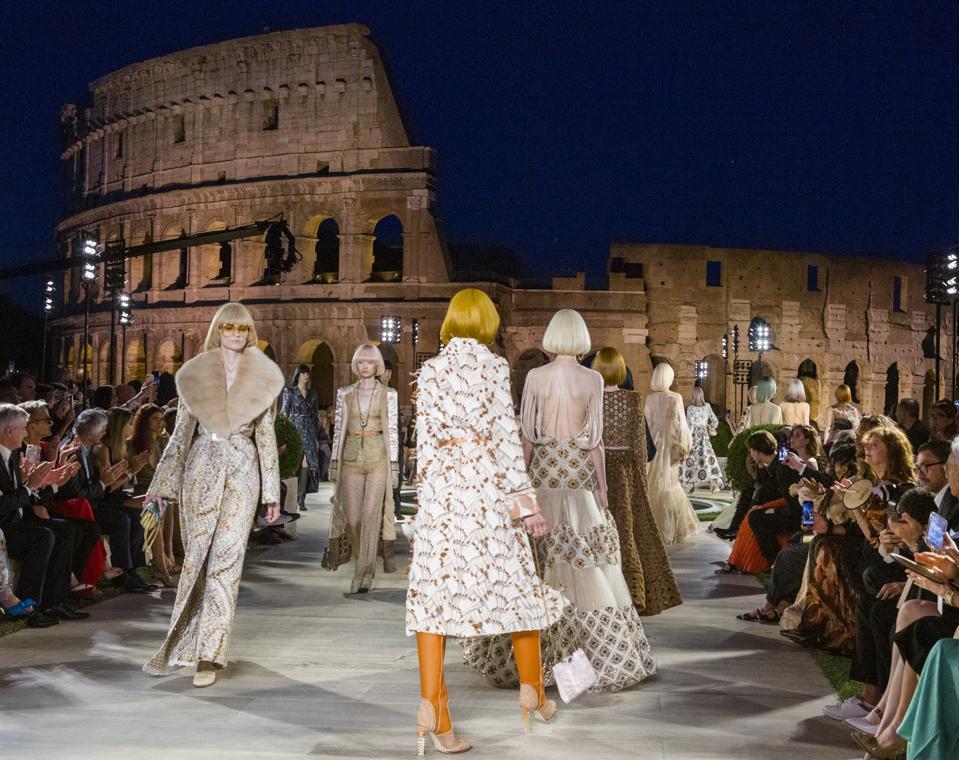 Italy Fashion Fendi