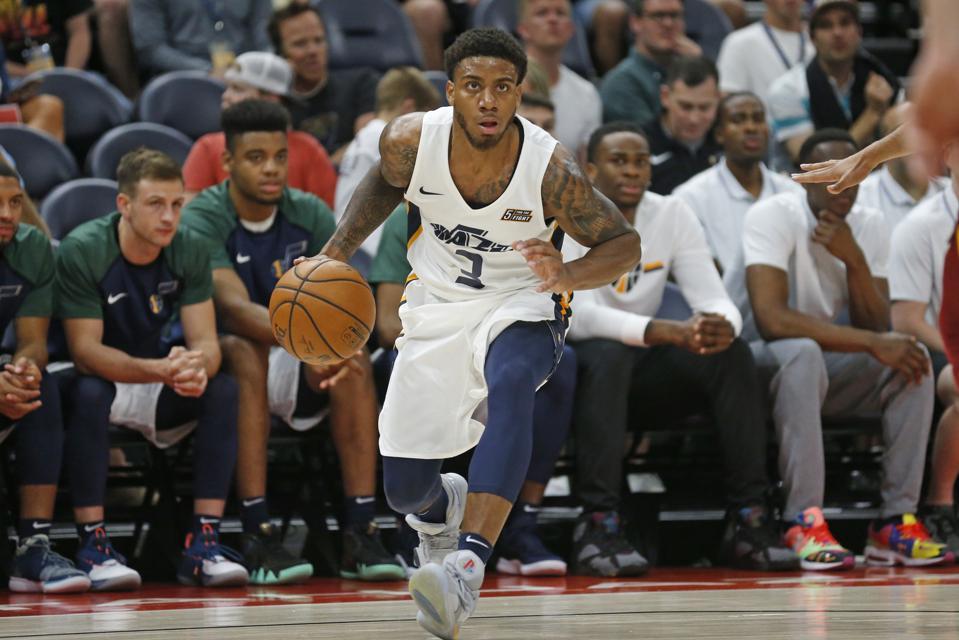 Cavaliers Jazz Basketball