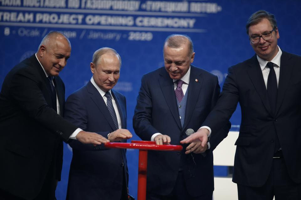 Putin S Visits To Syria Turkey Show Russia S Military And Energy Might