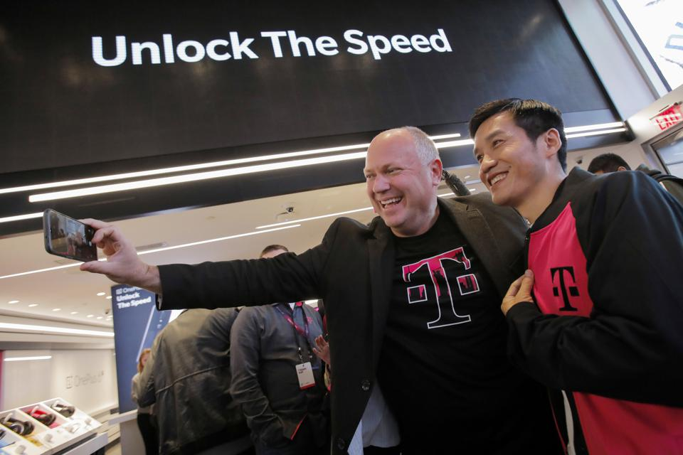 OnePlus 6T + T-Mobile Launch Event