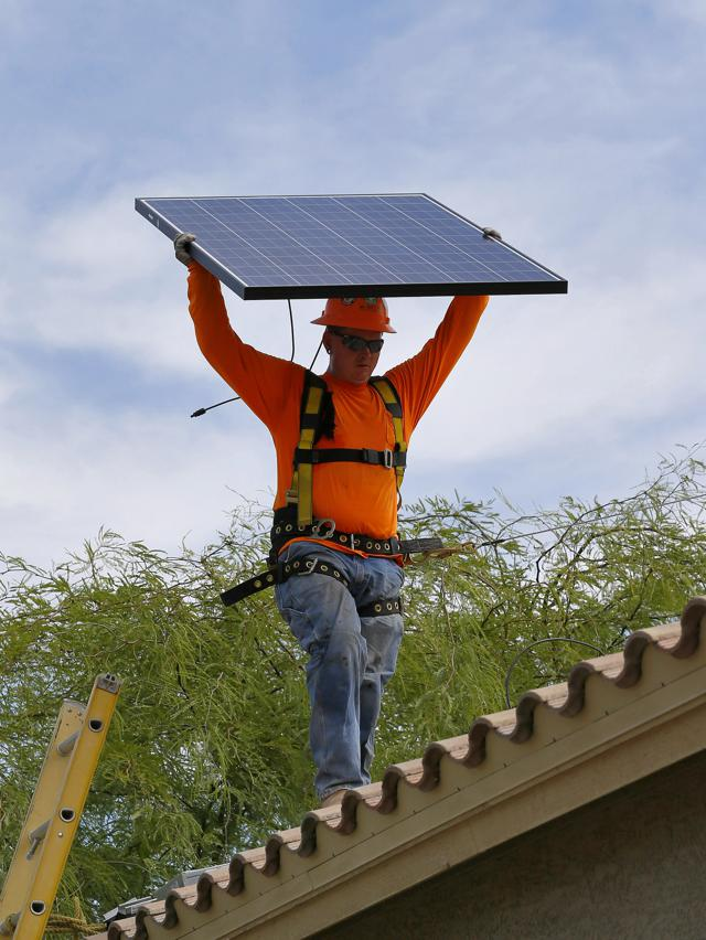 As California Rolls Out More Solar Power, Regulators Could Undercut The Industry