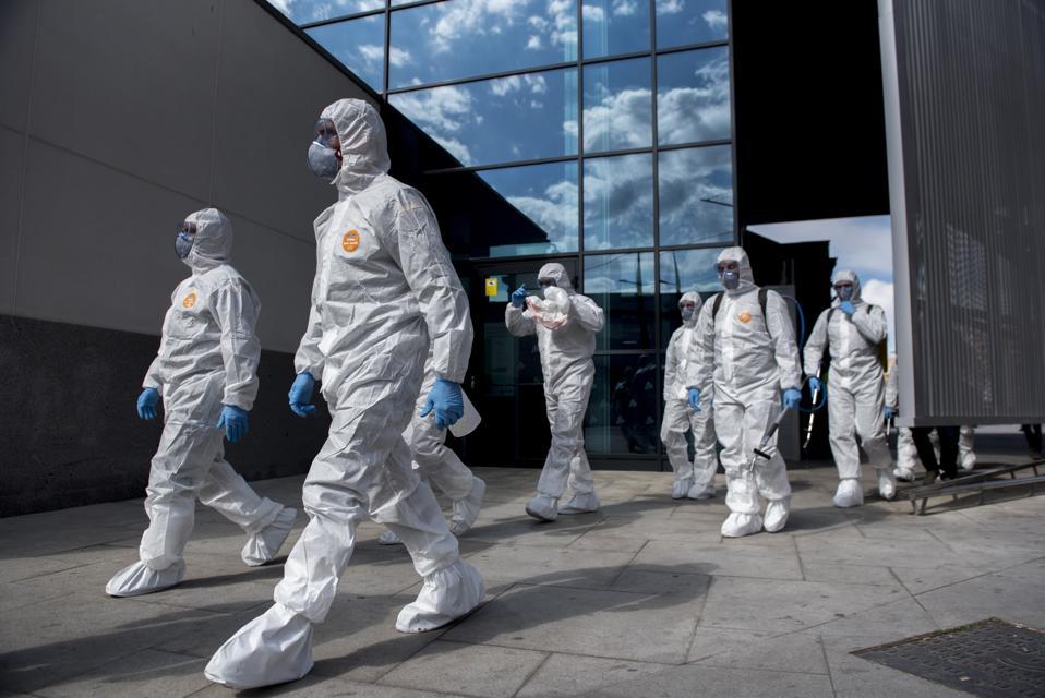 APTOPIX Spain Virus Outbreak