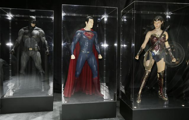 Why Wonder Woman's Shoe 'Choice' Is Causing A Commotion At Comic-Con
